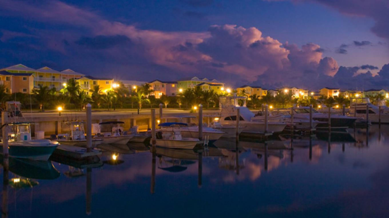 Resort World Bimini Marina at night – Resort World Bimini Bay