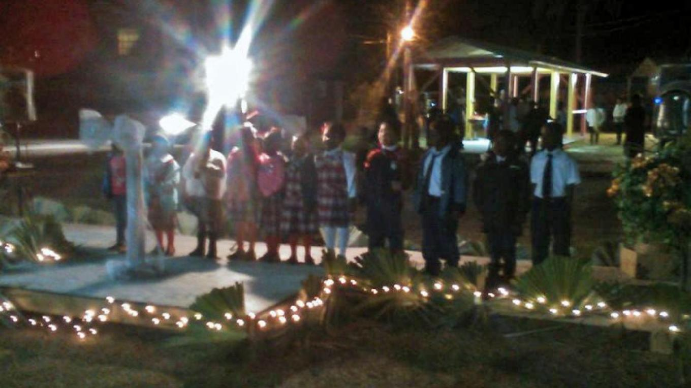Berry Islands Christmas Fest - Children's Choir Singing – Berry Islands Tourism Representative