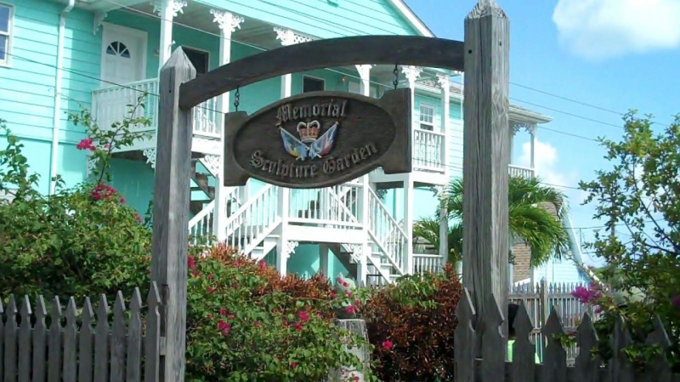Entrance to the Loyalist Memorial Garden – Bahamas Ministry of Tourism