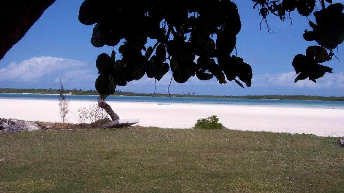 elusive beaches of eleuthera