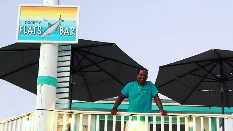 Docky's Flats Bar