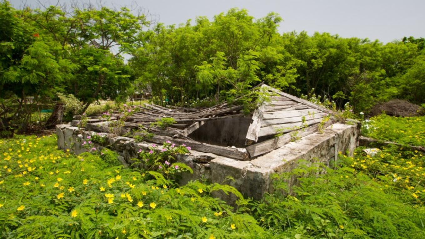 Remnant of Water Tank in Albert Town on Long Cay. – Bahamas Ministry of Tourism