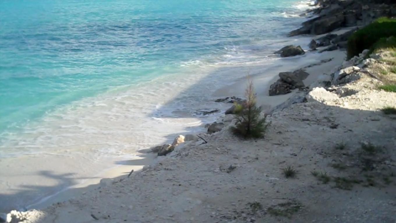 Small Beach Near Dining Room – Bahamas Ministry of Tourism