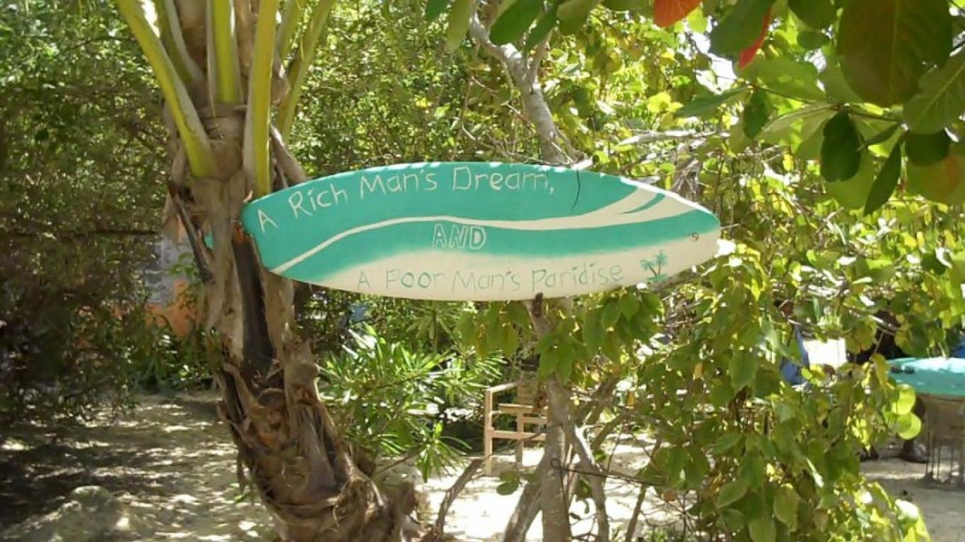 The Almond tree outside Kaye's Restaurant & Sand Bar – Bahamas Ministry of Tourism