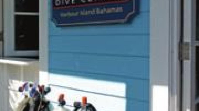 Valentine's Dive Center – Valentine's Resort