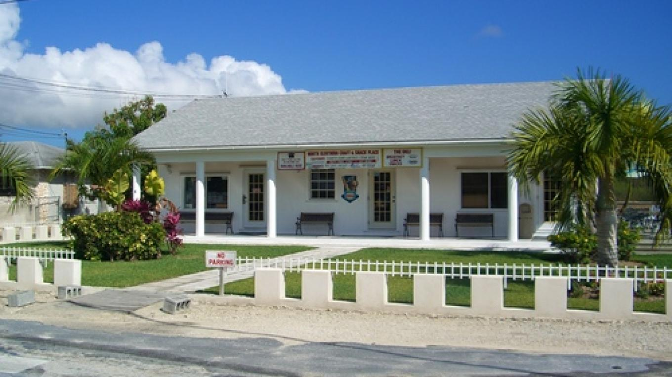 Outside view of North Eleuthera Crafts & Snacks