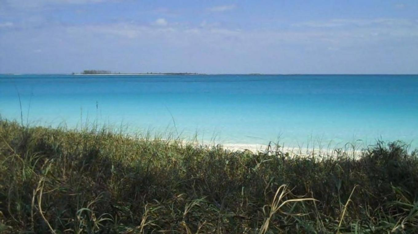 View of Sugar Beach from the Path – Bahamas Ministry of Tourism