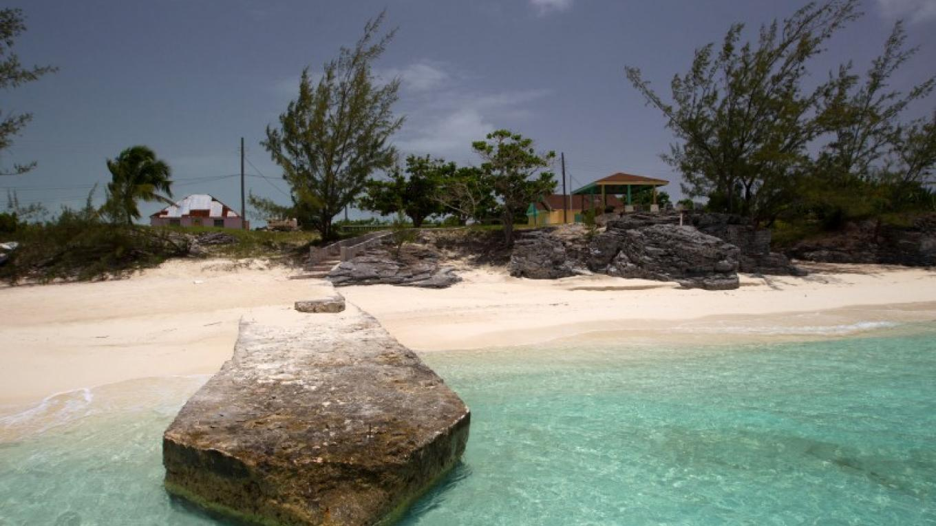 View of Albert Town on Long Cay from the beach. – Bahamas Ministry of Tourism
