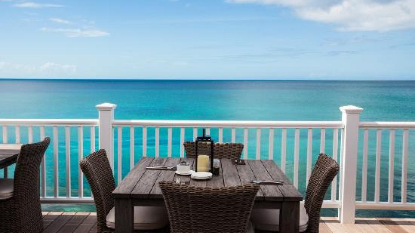 Outdoor dining area on the waterfront – tripadvisor