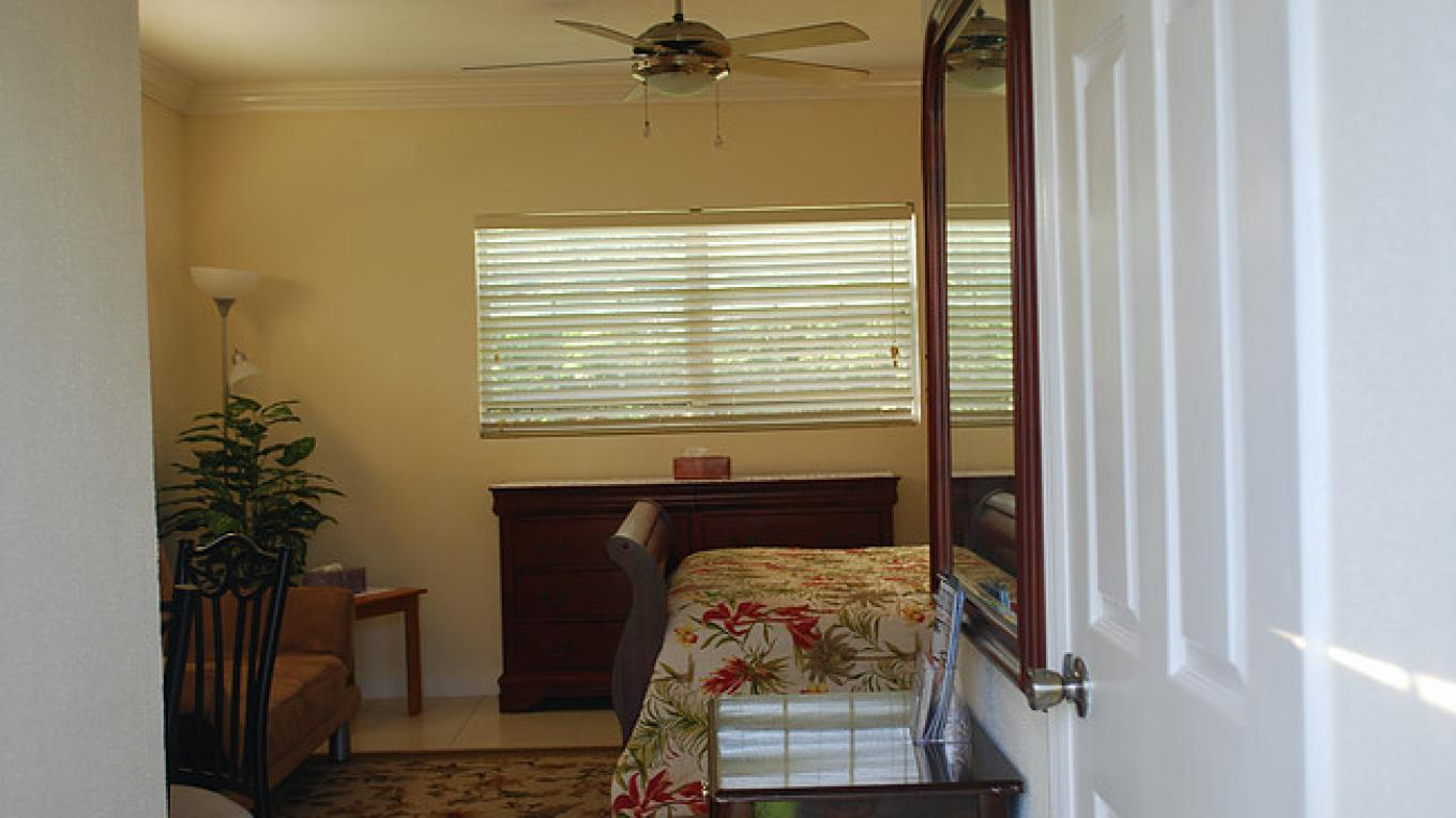 Entrance to bedroom – Bahama Breeze