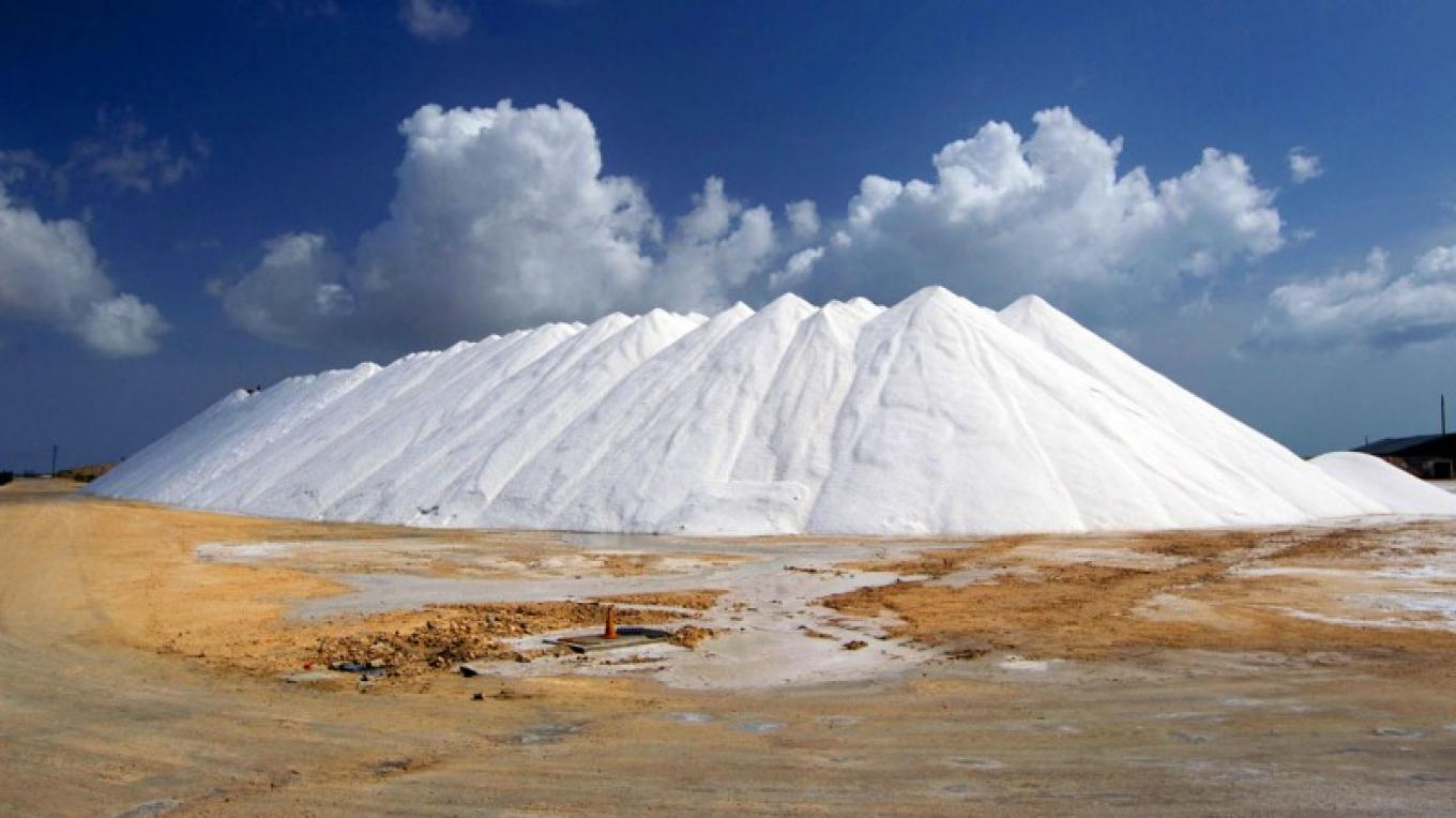 Mountains of salt at the Morton solar-salt production facility. – Bahamas Ministry of Tourism