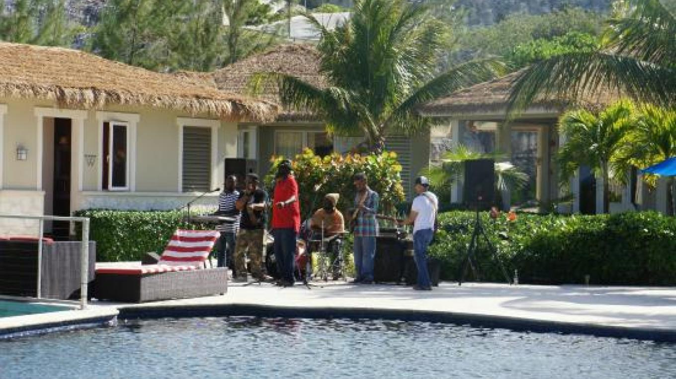 Live band at the pool party – tripadvisor