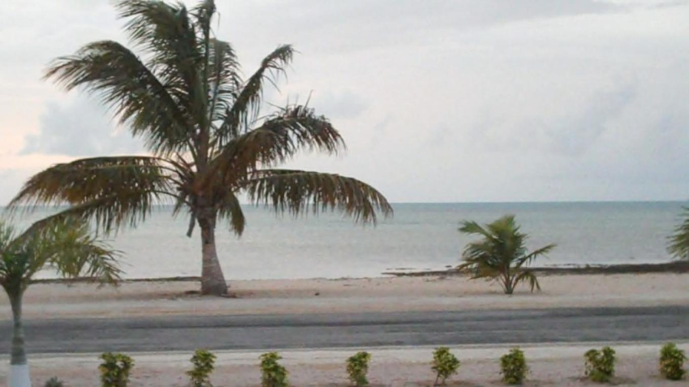 Seaside across from Ivel's Bed & Breakfast – Bahamas Ministry of Tourism