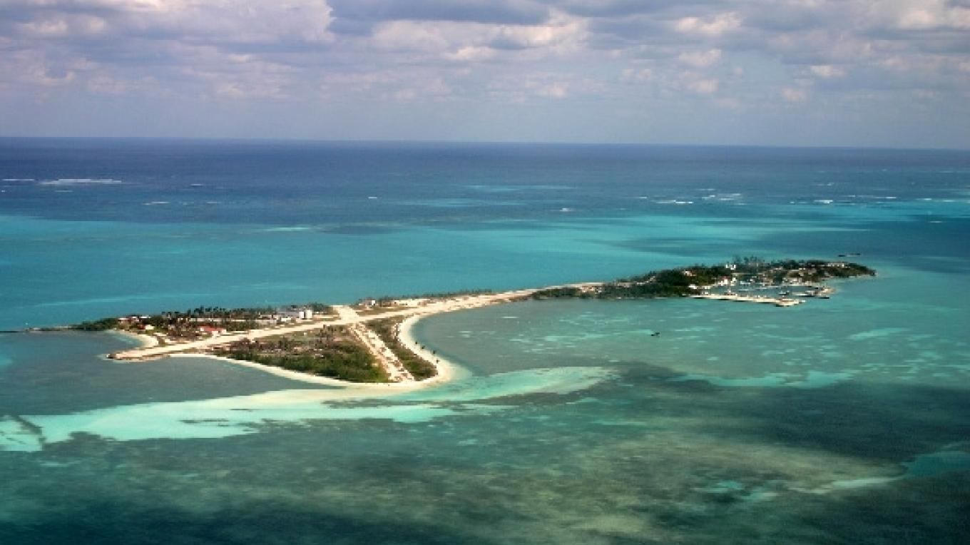 Aerial shot of Walker's Cay National Park. – Bahamas National Trust