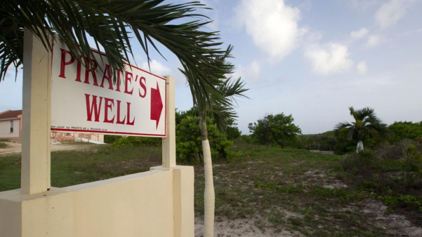 Entrance to The Pirate's Well, Mayaguana, The Bahamas – Bahamas Ministry of Tourism