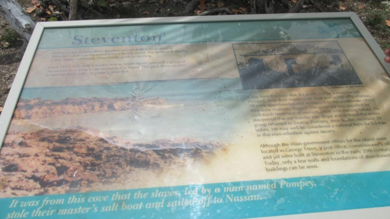 Steventon sign at Pompey statue – Bahamas Ministry of Tourism