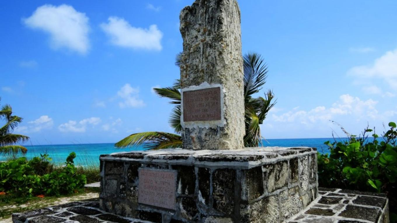 Hope Town Mariner's Monument at the Cholera Graveyard on Elbow Cay, The Abacos – Bahamas Ministry of Tourism