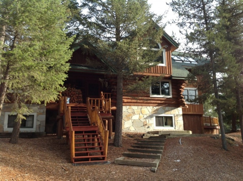 Bootjack Lake Lodge located just 20 minutes from downtown Whitefish