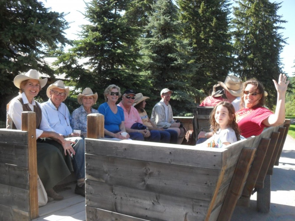 Groups can enjoy a wagon ride at the Bar W Guest Ranch. Finish with a home-cooked BBQ or chili dinner. – Courtesy Bar W Guest Ranch