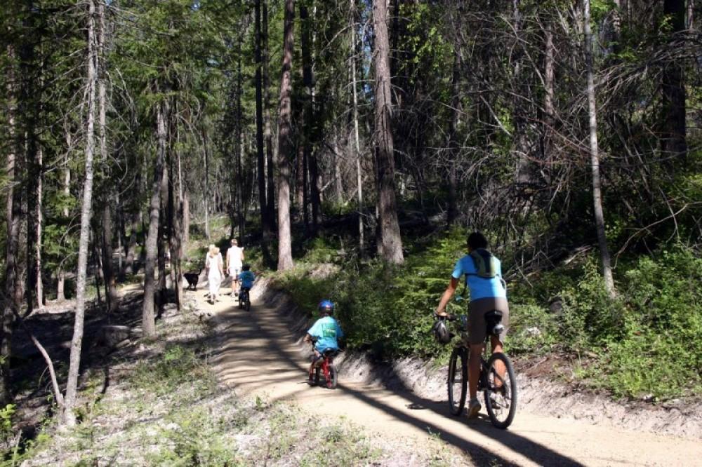 Starting from the Lion Mtn. Trailhead – Brian Schott