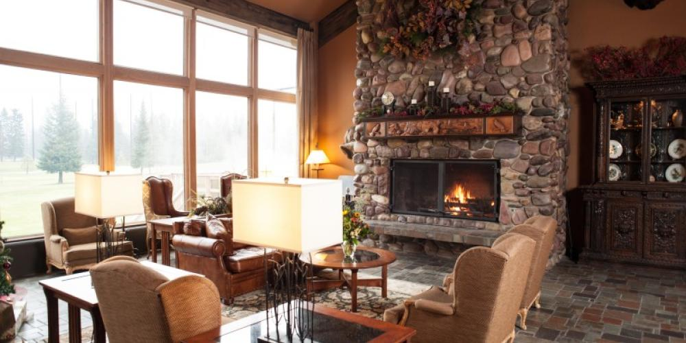 Considered One Of Montanas Finest Lodge Facilities The Grouse Mountain Experience Includes A Full Service On Site Restaurant Bar Swimming Pool