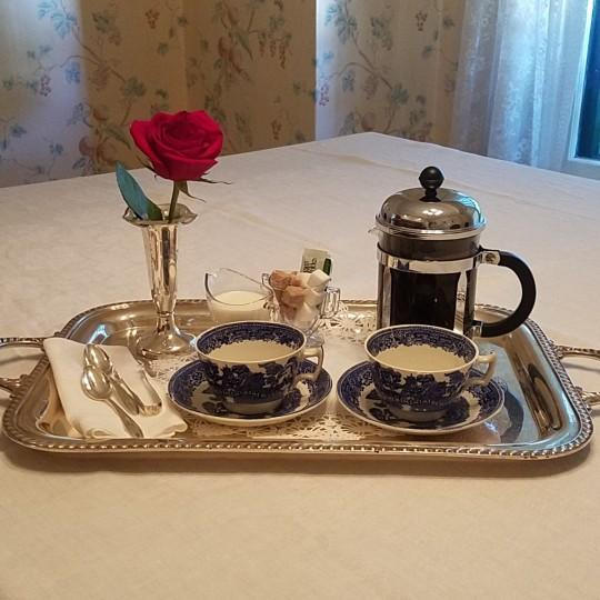 Pre-breakfast coffee or tea delivered to your room