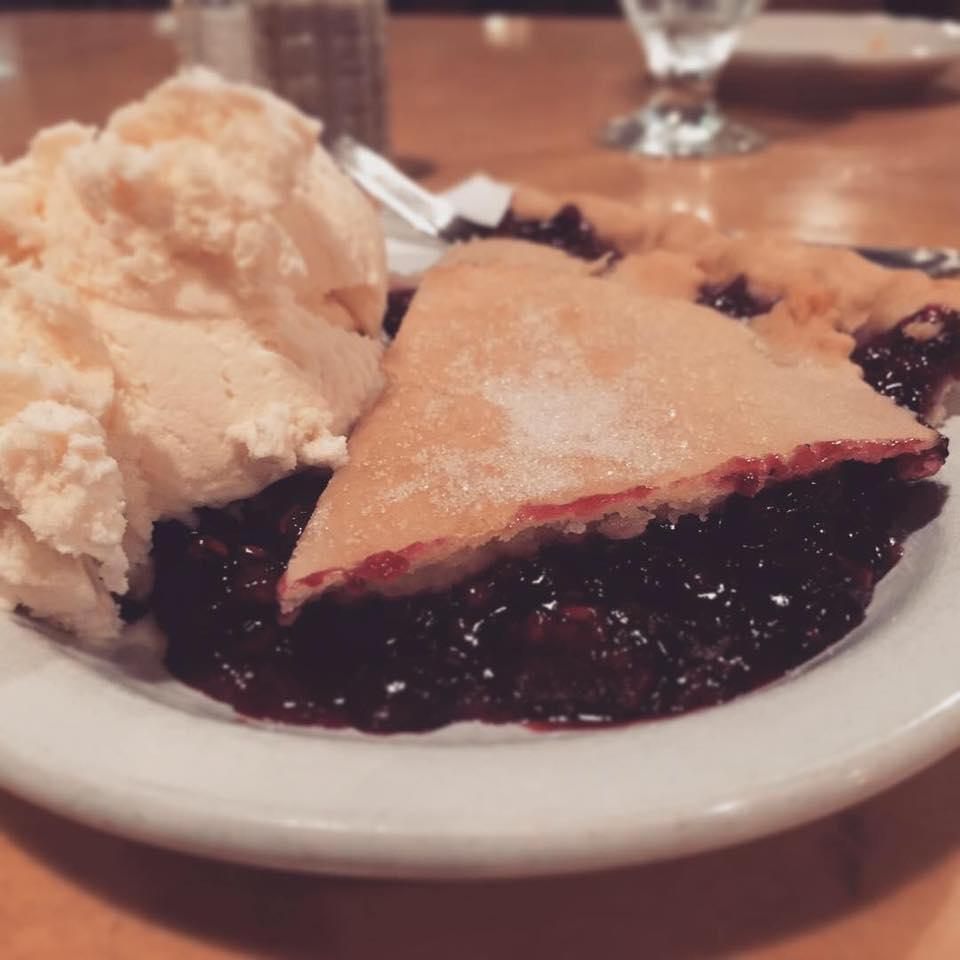 Heaven = Huckleberry Pie & Ice Cream!