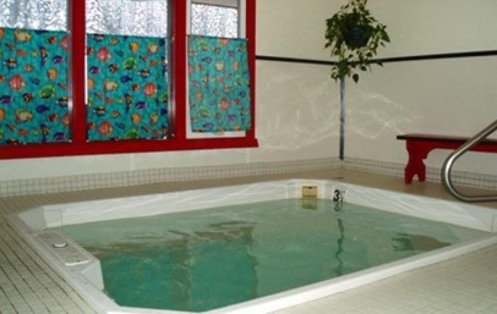 hot tub – Hibernation House