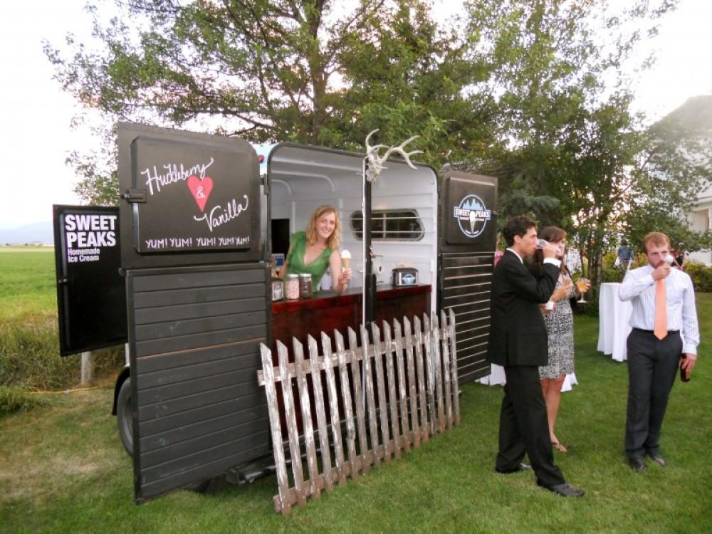 Sweet Peaks Mobile at a Wedding – Samuel Dauenhauer