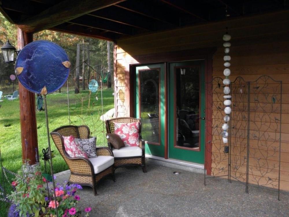 Bear Grass Suite patio