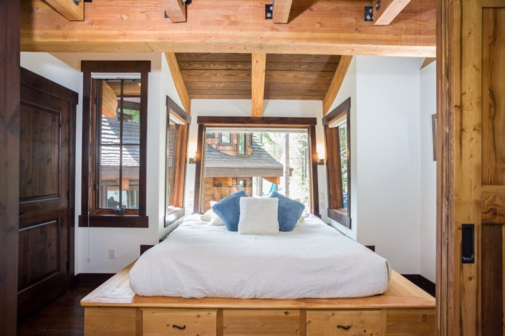 The cantilevered master king has gorgeous views of the surrounding trees – Trevon Baker