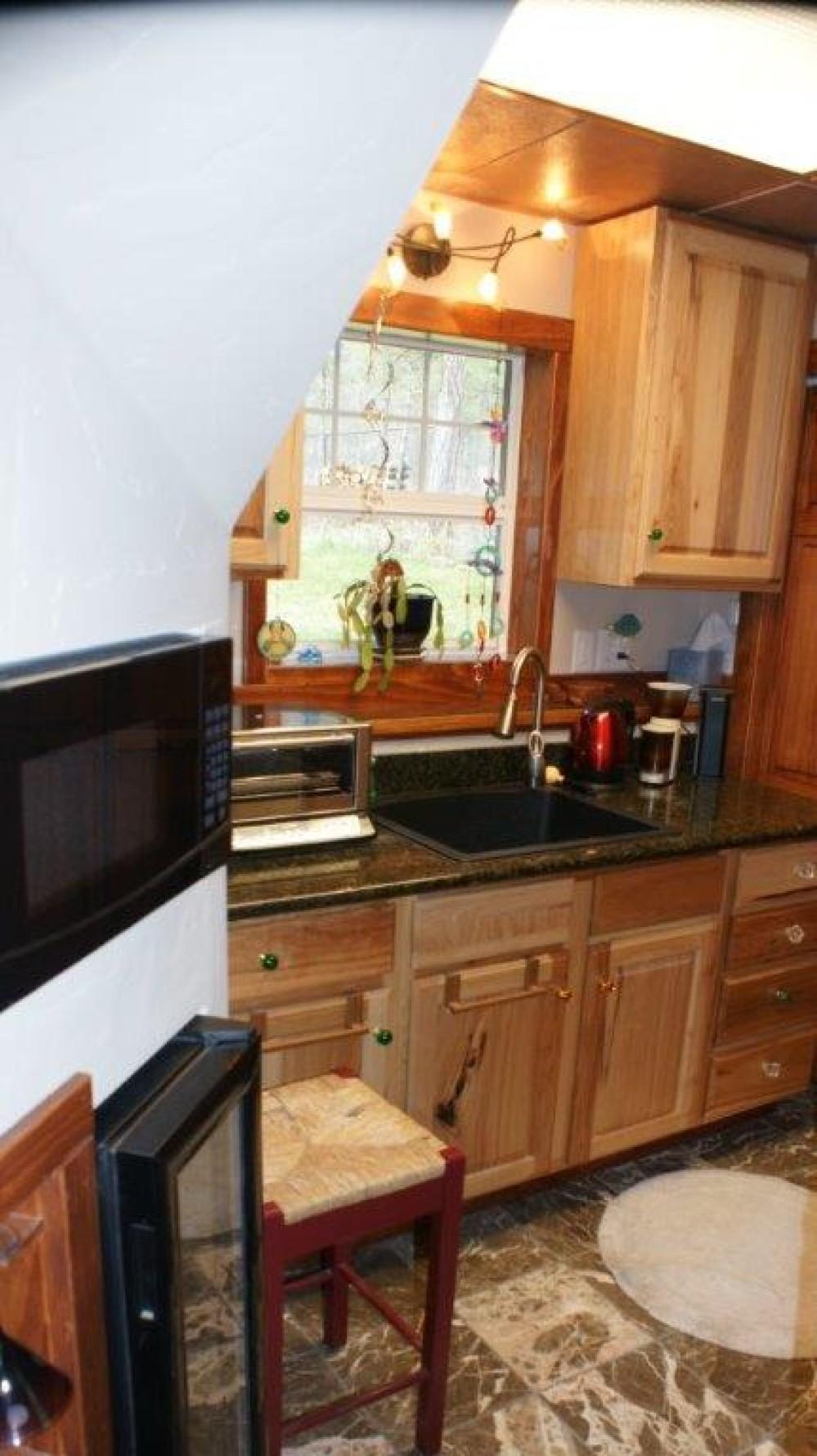 Lower level mini kitchen – Bill Montgomery