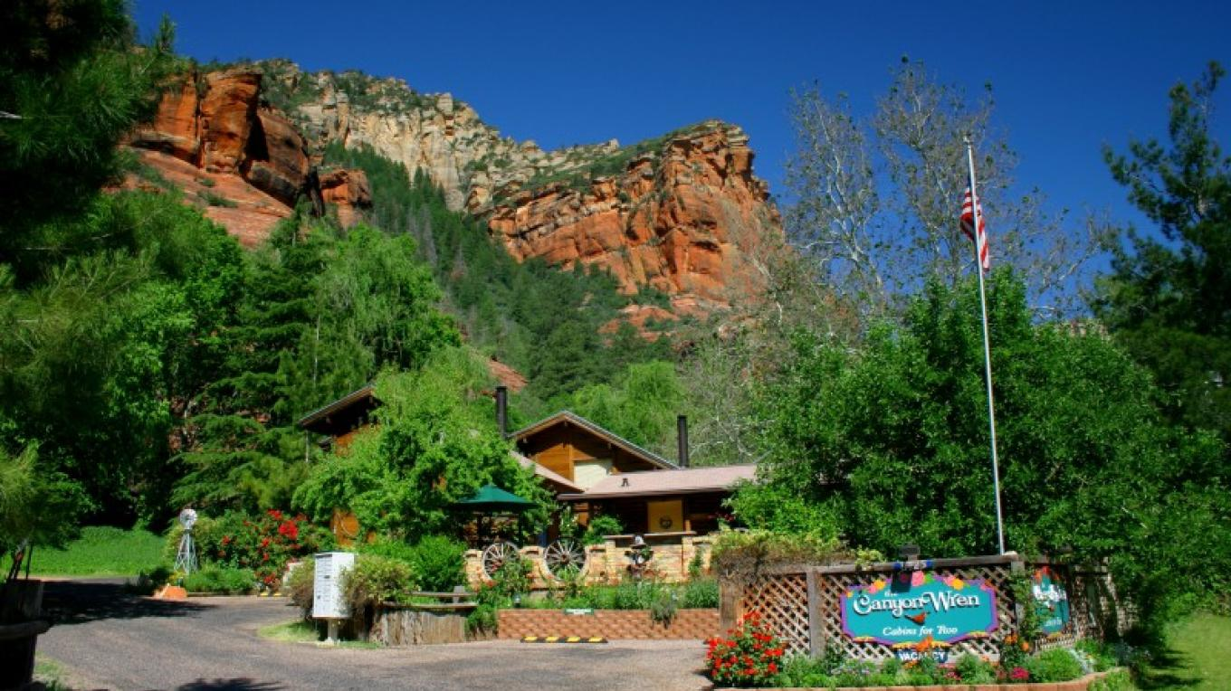 Arriving at the Canyon Wren Cabins – Eric Hansen, guest