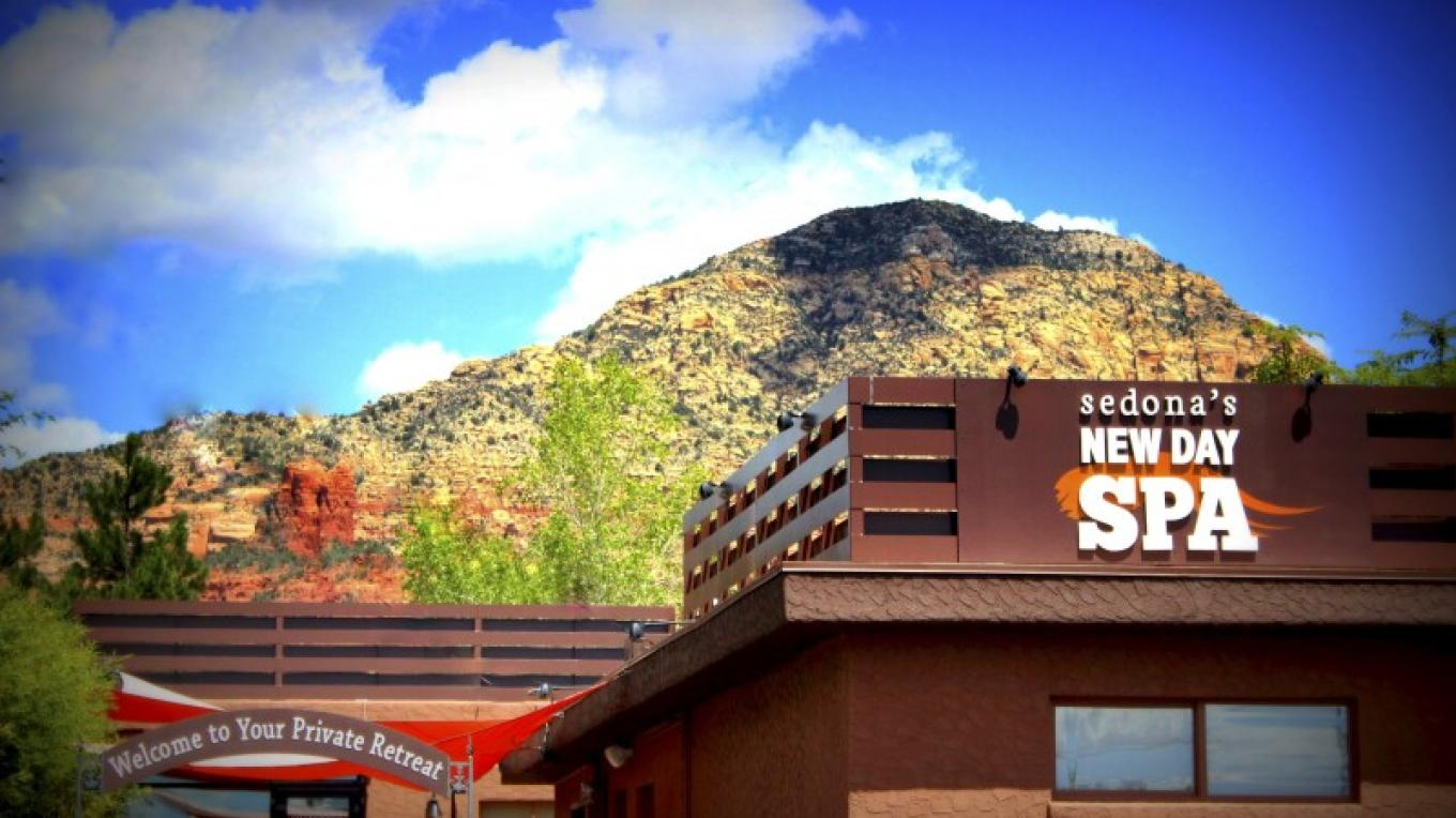 The front entrance enrobed in a backdrop of the lovely red rocks of Sedona~ – Paul Reilly for Google