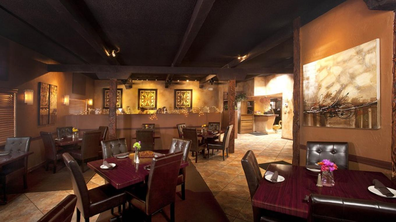 Recognized by USA Today as one of the 10 Best Restaurants in Sedona. – Mike Thompson