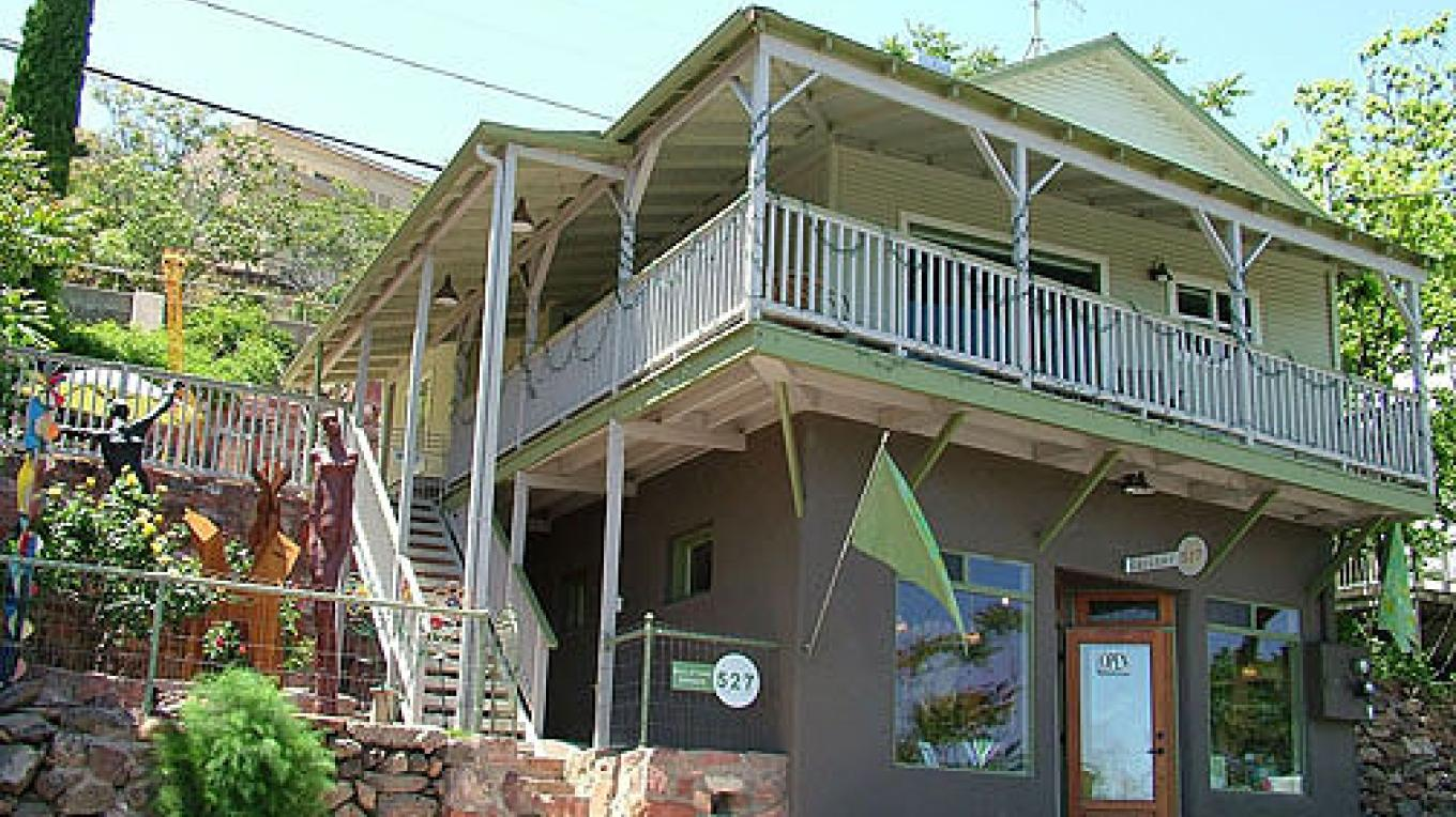 The Kelly House is upstairs of Gallery 527 on Main Street in the heart of the Art District in Jerome. – Donna Chesler