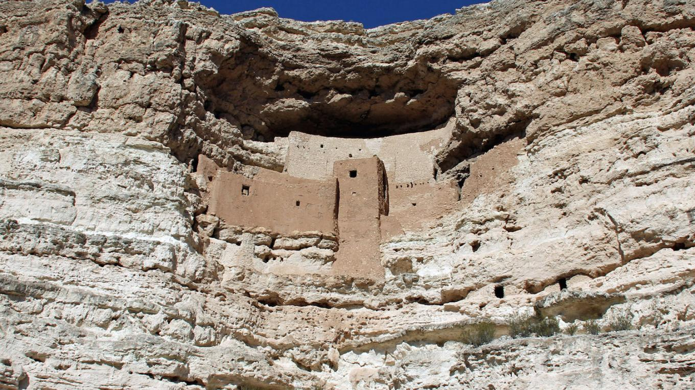 Montezuma Castle Sinagua culture cliff dwelling (1100-1400 A.D.) near Camp Verde, Arizona. – Ken Zoll
