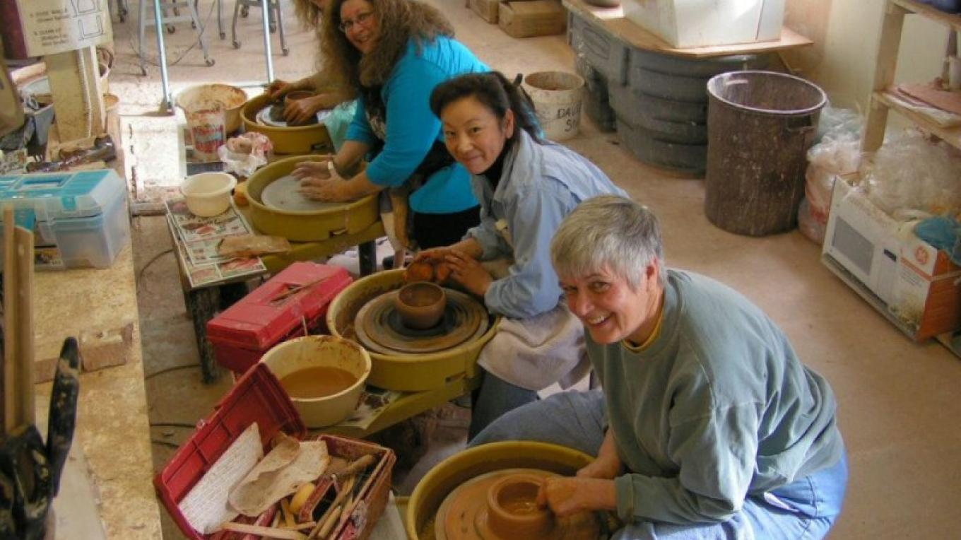 Potters making Loving Bowls at Sedona Arts Center – Dennis Ott