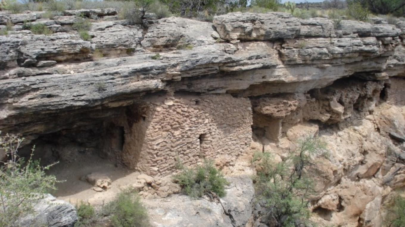 Cliff dwelling on one of our Indian ruins tours. – Jim Reich