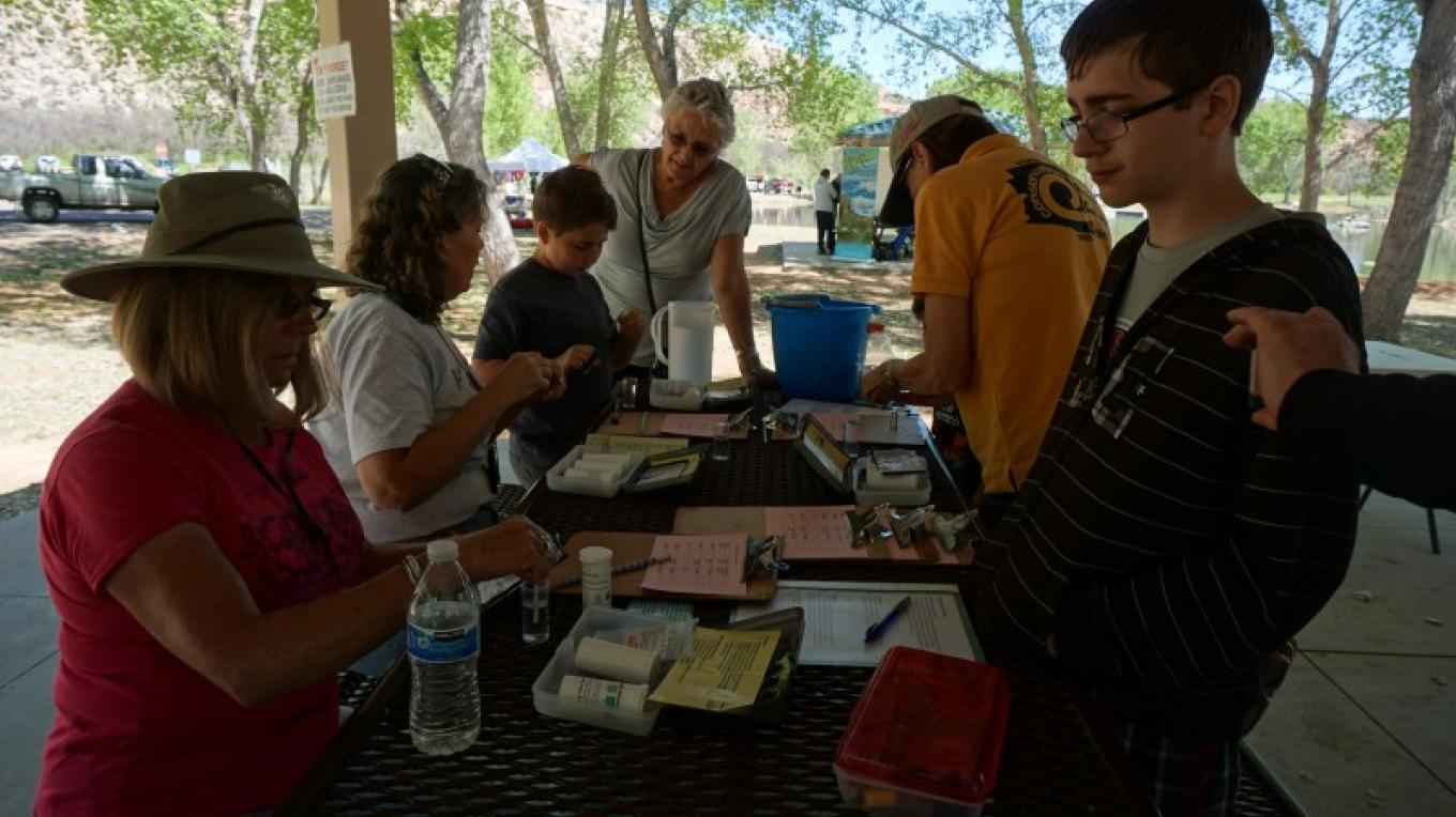 Educating the youth of our community about a healthy Verde River! – Laura Jones