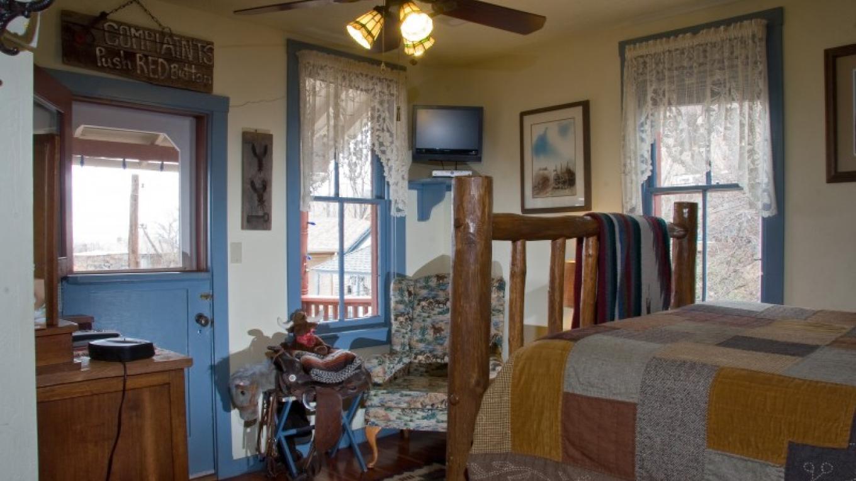 The Western Room – Allen L. Muma