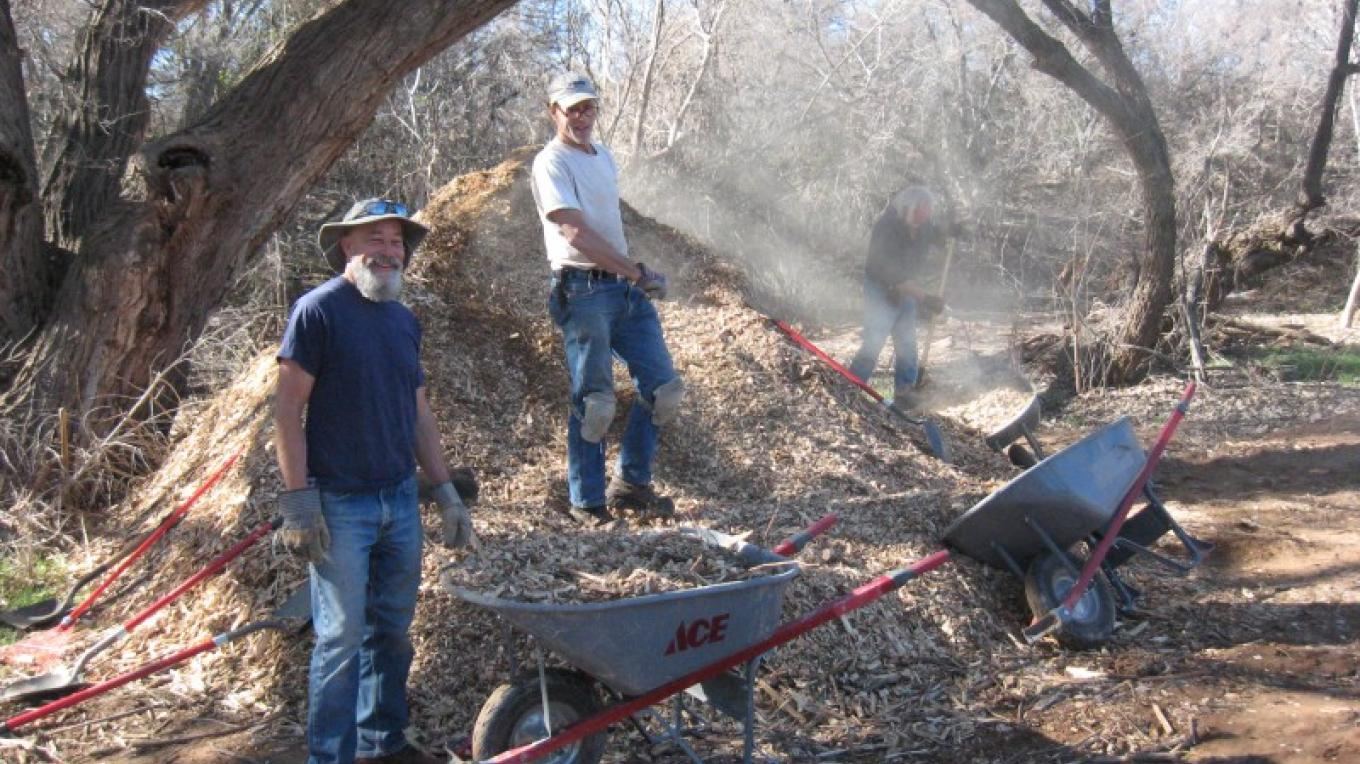 FVRG Volunteer's spreading chips along Spring Trail in Clarkdale – Marsha Foutz