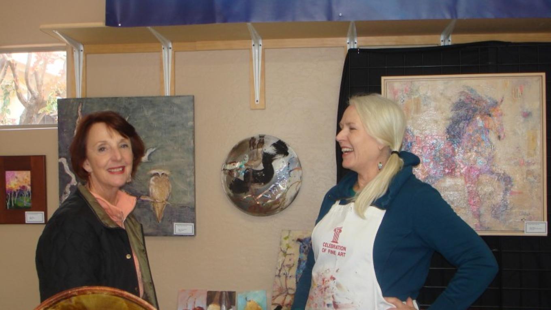 Painter Cheryl Waale shows Guest around her Studio – Melanie Lee