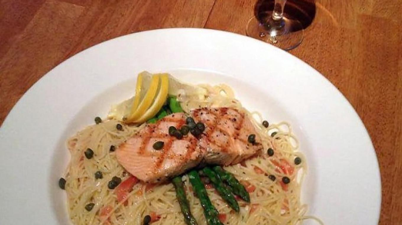 Salmon and asparagus piccata – Boat House Bar and Grill
