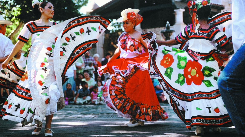 Fiesta del Tlaquepaque. 40 Years of Cultural Celebration in Sedona, Arizona. – Sedona Chamber of Commerce & Tourism Bureau