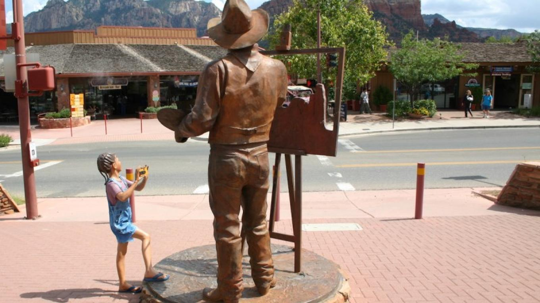 Sculpture in uptown Sedona – Sedona Chamber of Commerce & Tourism Bureau