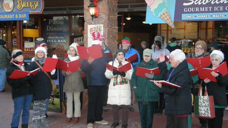 Canyon Singers lead holiday caroling – Sedona Main Street Program