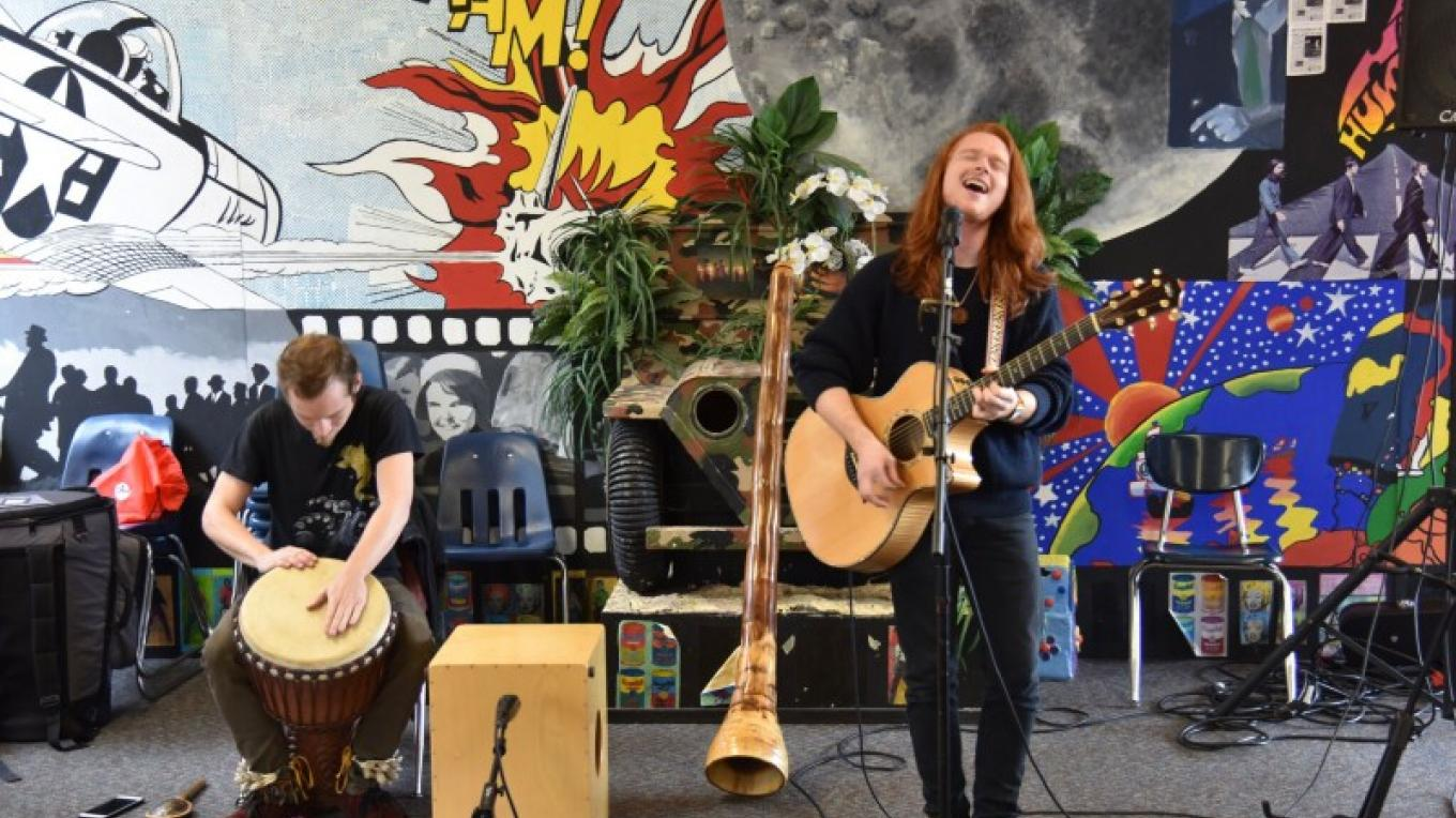 Attendees at Sedona VegFest 2017 were entertained over lunch by JAM. – Don Fries