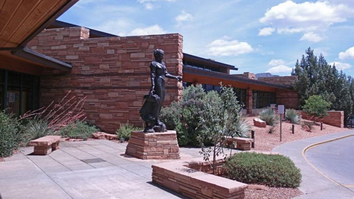 Public art, including the iconic Sedona Schnebly statue, and popular displays, such as the annual quilt show. – Design Group Architects