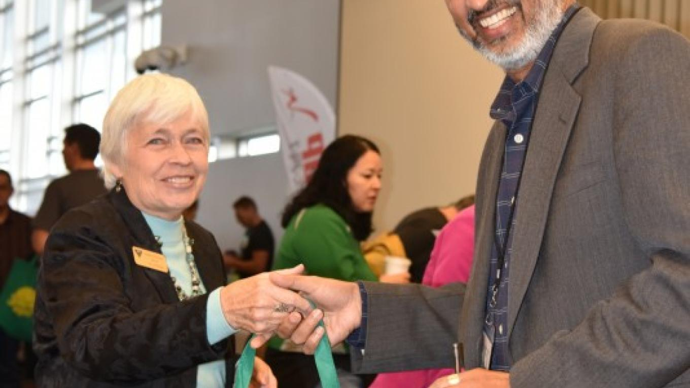 Sedona Mayor Sandy Moriarty welcomes Dr. Sailesh Rao to Sedona VegFest 2017. Dr. Rao was a featured speaker at the event. – Don Fries